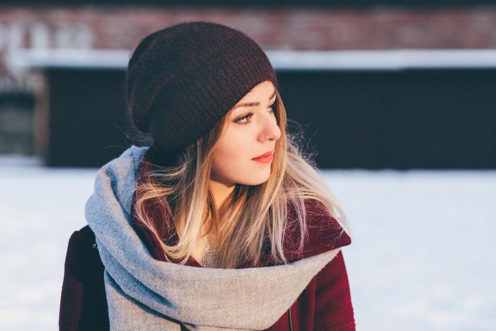 adolescent-beanie-beautiful-295821