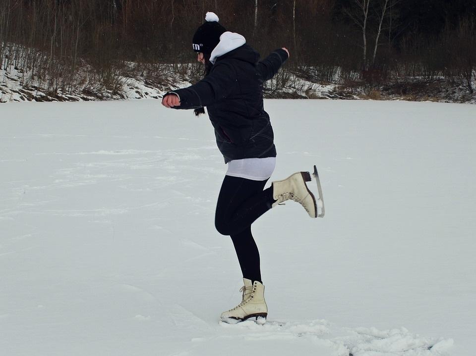 skating-628684_960_720